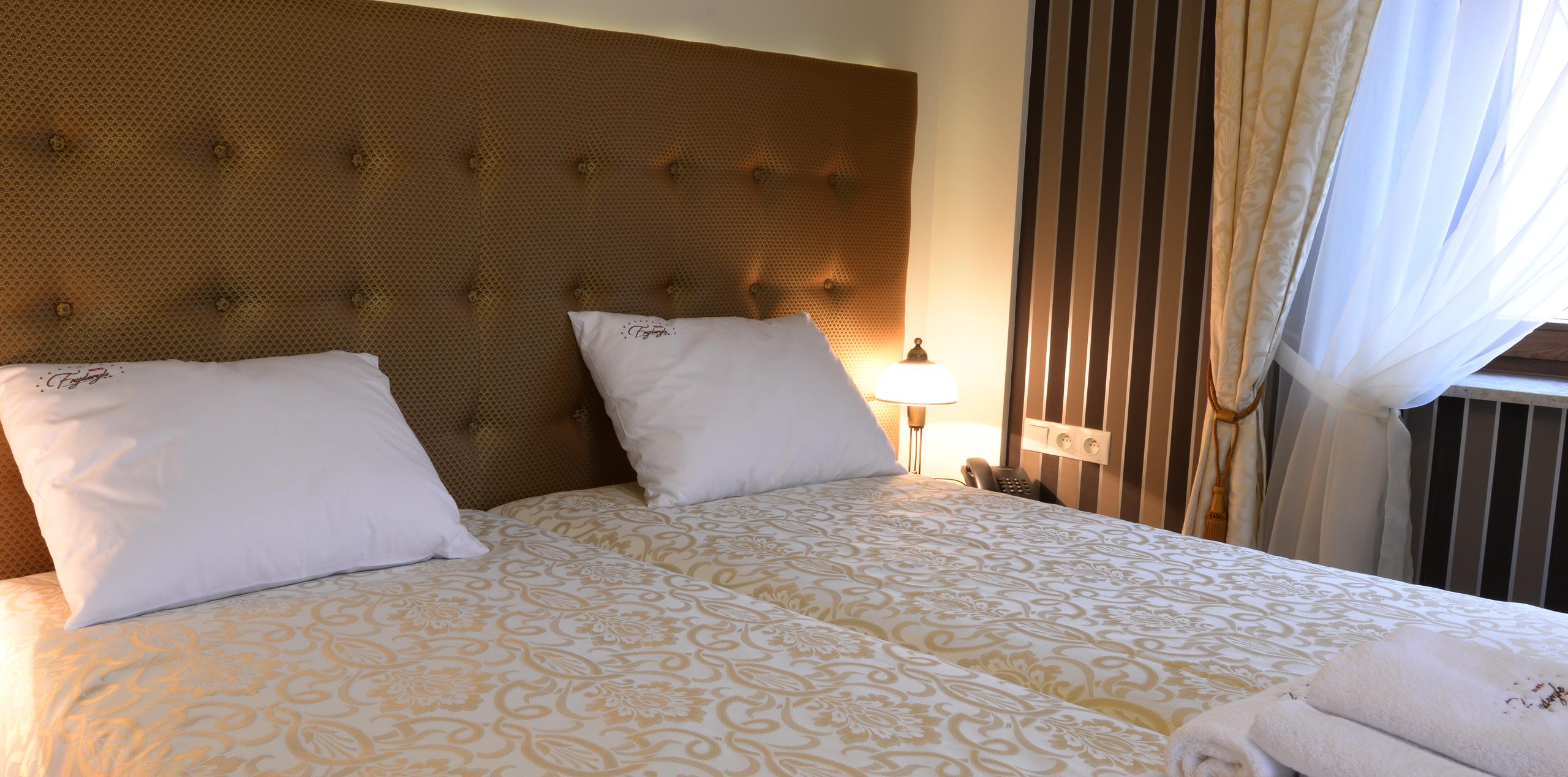 Hotel Fryderyk Rzeszów Noclegi pokoje